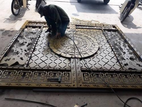 Cắt CNC gia công cổng sắt