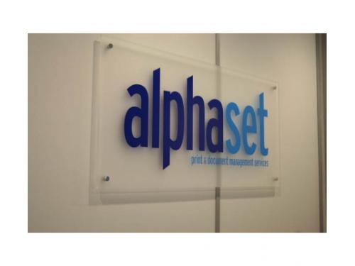 Bảng hiệu alphaset