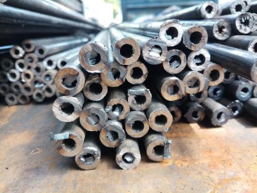 Cắt ống thép dày 1.2mm