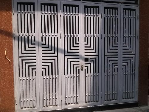 Gia công cửa sắt hoa văn
