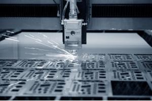 Cắt kim loại giá siêu ưu đãi tại TP HCM