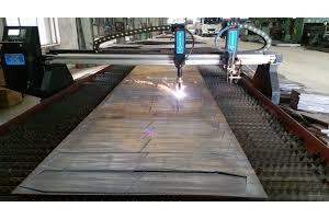 Cắt CNC sắt thép chuyên nghiệp chất lượng